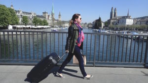 Sally sulla Quaibrücke a Zürich
