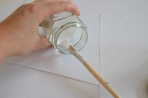 Come pitturare il vetro di bianco con Chalky Finish
