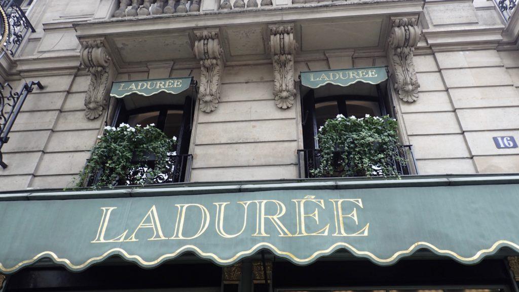 Ladurée a Parigi